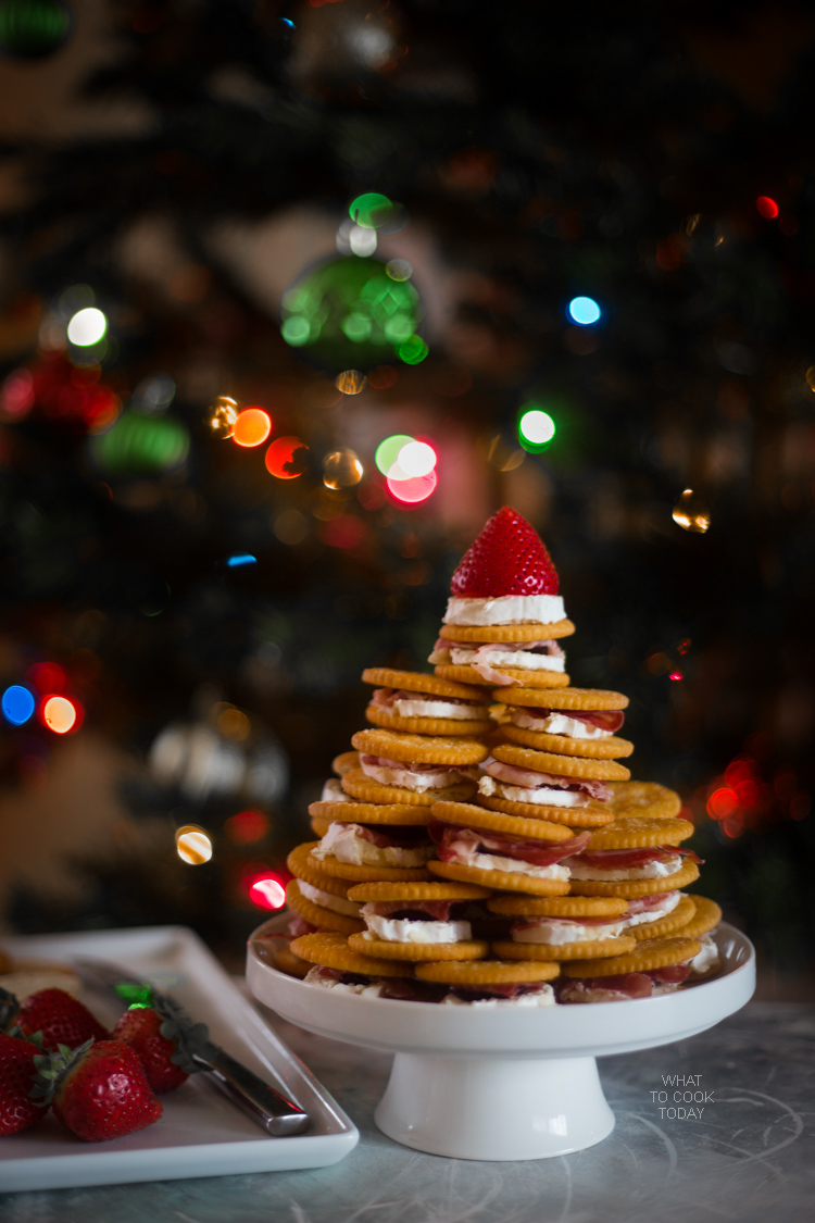 Brie prosciutto cranberries RITZ tree #HolidayRITZ #ad