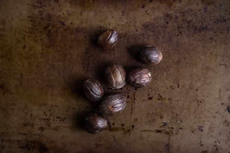 Nutmeg (Buah Pala)