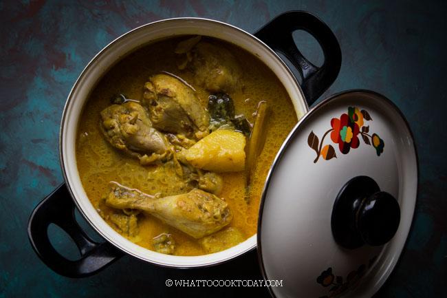 Kari Ayam Kentang Medan (Indonesian Potato Curry Chicken)