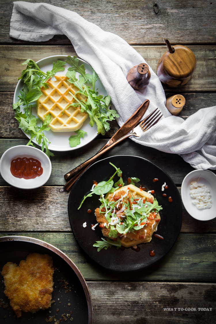 How to make Panko Chicken and Waffles. Delicious Panko Chicken and Waffles recipe. Click through for full recipe and step by step instructions #LeggoMyEggo #HearTheNews #ad