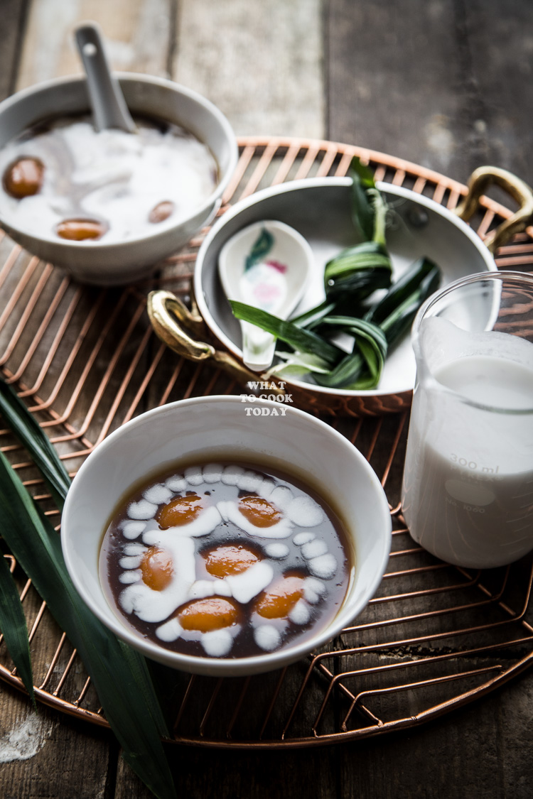 How to make Biji Salak (Sweet Potato Dumplings with Coconut Sauce). Delicious Indonesian dessert Bubur Biji Salak (Sweet Potato Dumplings with Coconut Sauce) recipe. Click through for full recipe and step by step instructions