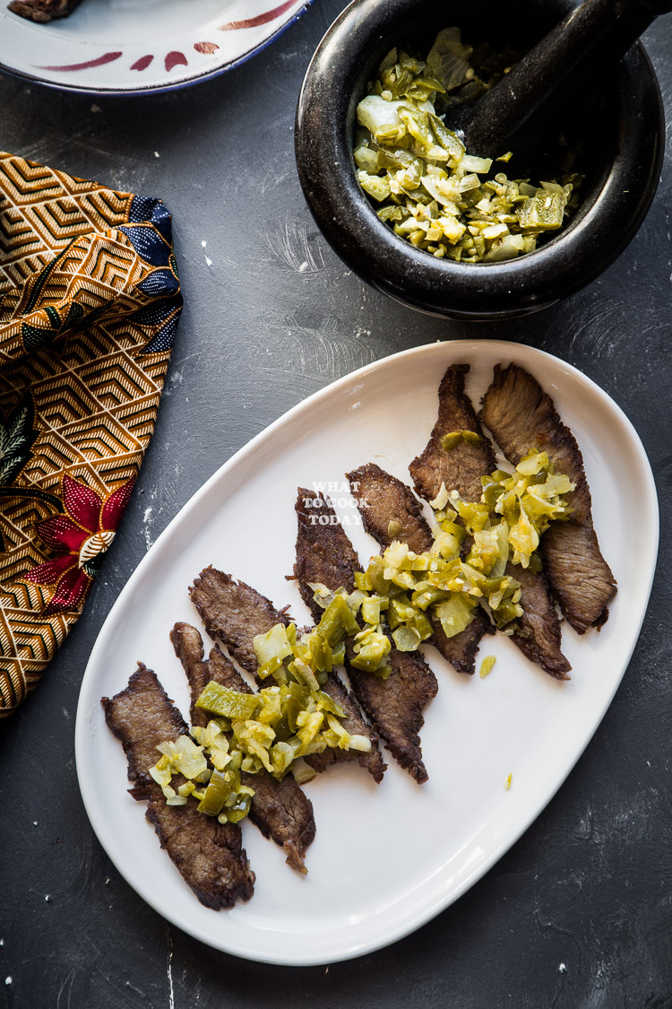 How to make Dendeng Batokok / Indonesian spicy thin beef jerky. Delicious easy Asian beef recipe. Click through for full recipe and step by step instructions