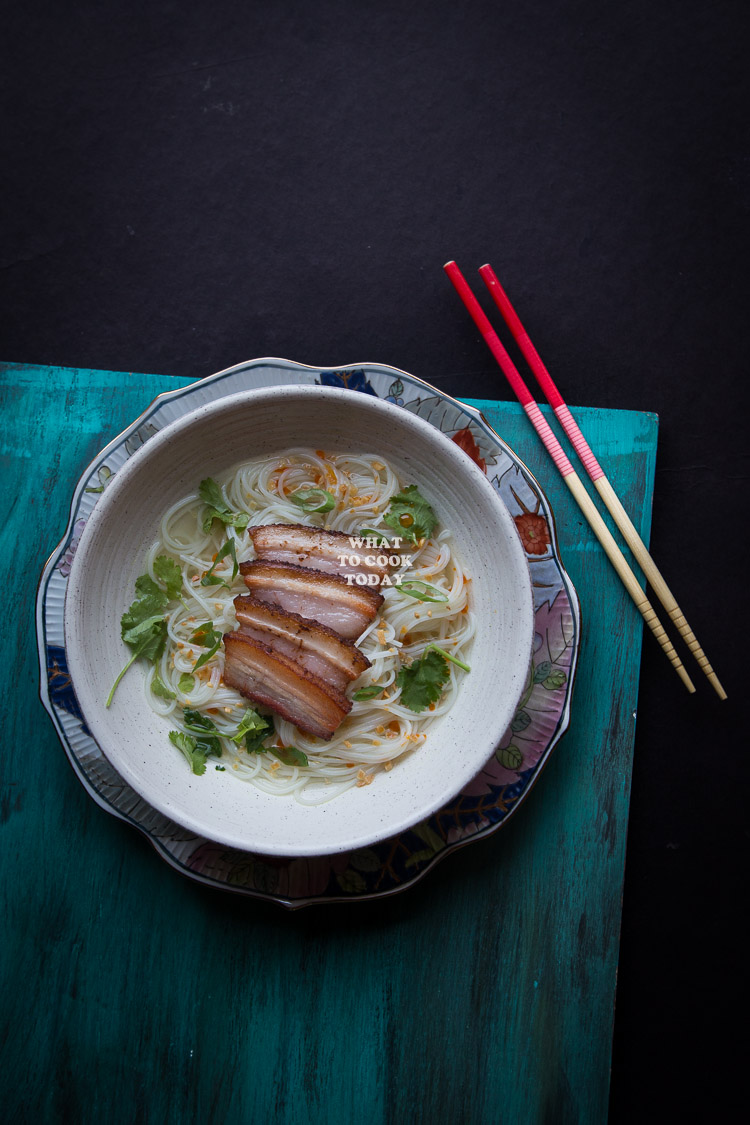 How to make Somen Noodle Soup with Pan-fried Pork Belly. Delicious and easy Somen Noodle Bowl Soup with Pan-fried Pork Belly recipe. Great comfort food. Click through for full recipe and step by step instructions