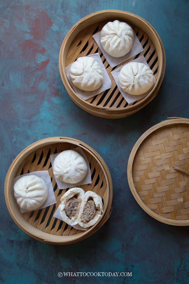 Chinese Steamed Pork Buns (Bak Pao)