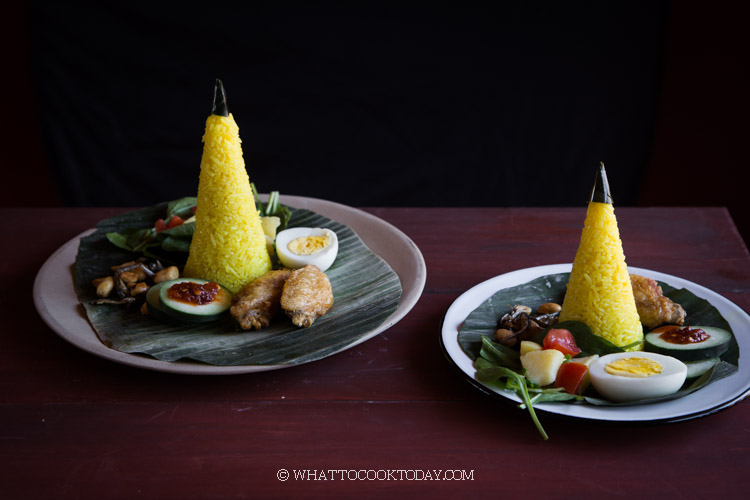Mini Nasi Tumpeng (Indonesian Spiced Yellow Rice)