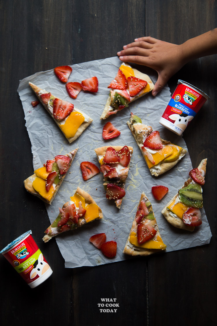 2-ingredient yogurt pizza dough and fruit pizza