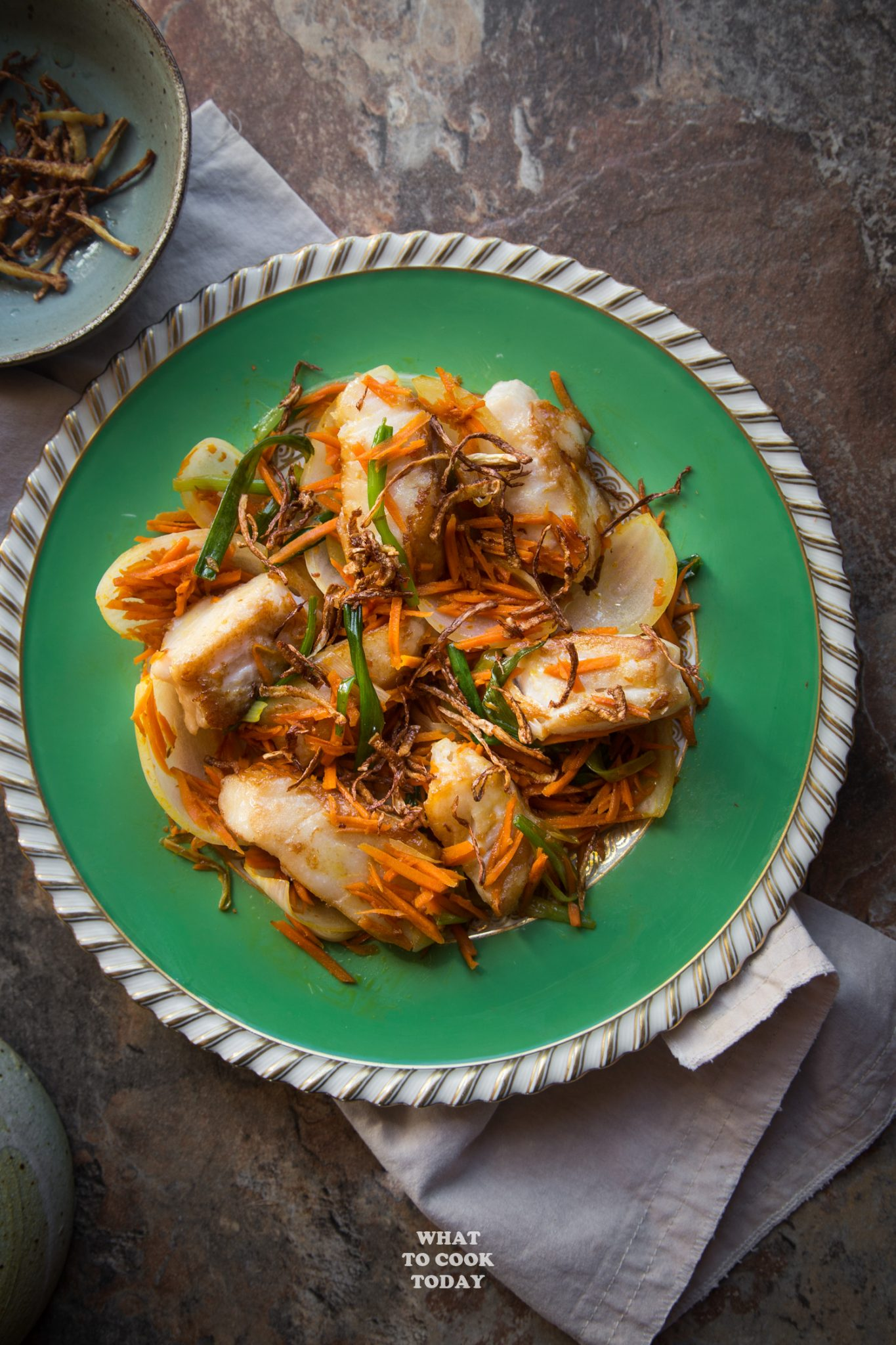 Pan-fried Cod Fish with Crispy Ginger #fish #seafood #ginger #easyrecipe #asianrecipe