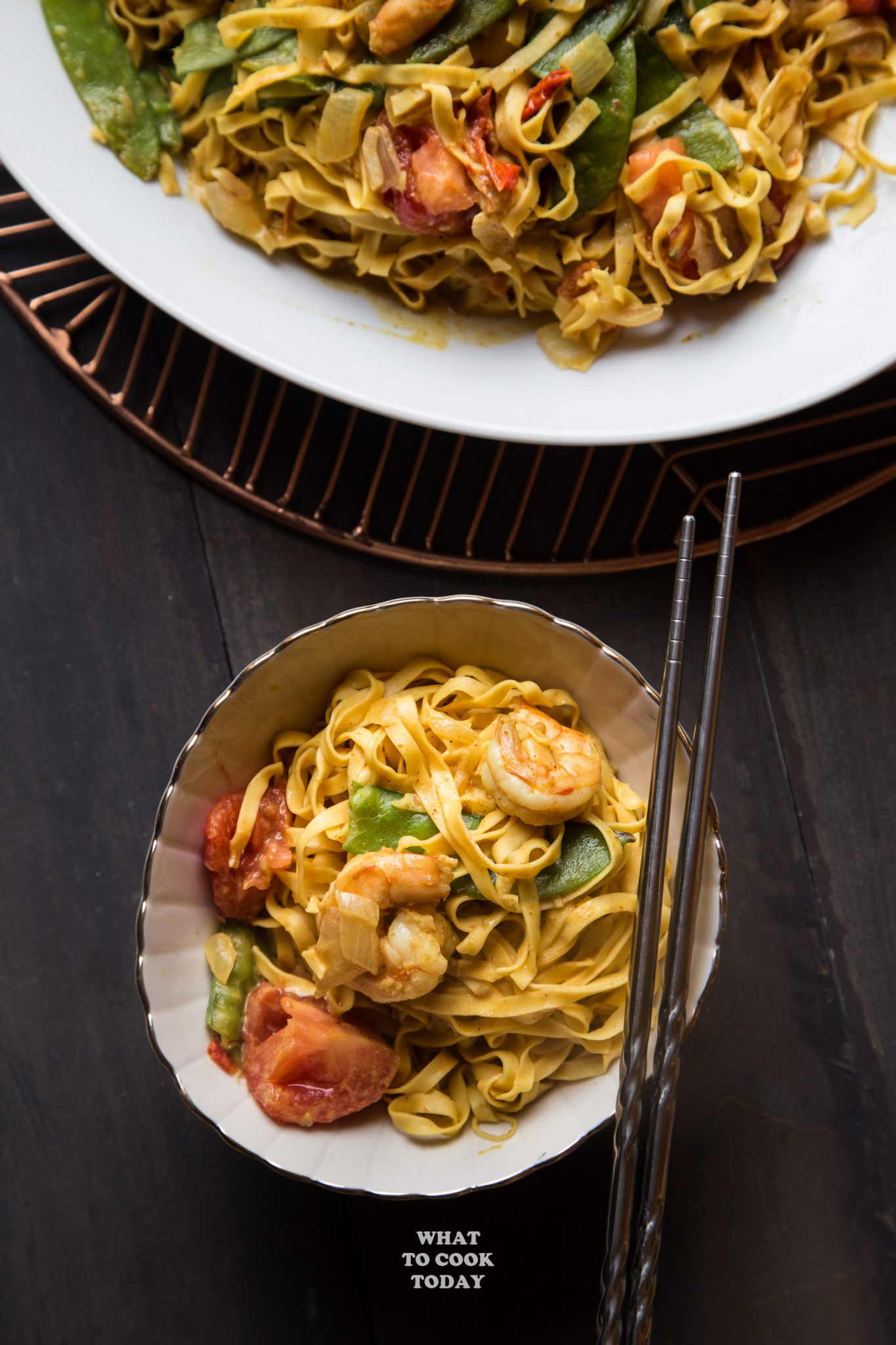 Saucy Curry Shrimp Chow Mein #instantpot #chowmein #noodles #curry #easyrecipe
