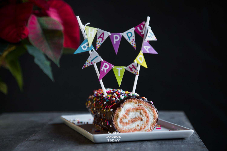 Pink Swiss Roll with Chocolate Ganache #swissroll #baking #birthdaycake #chocolate #dessert
