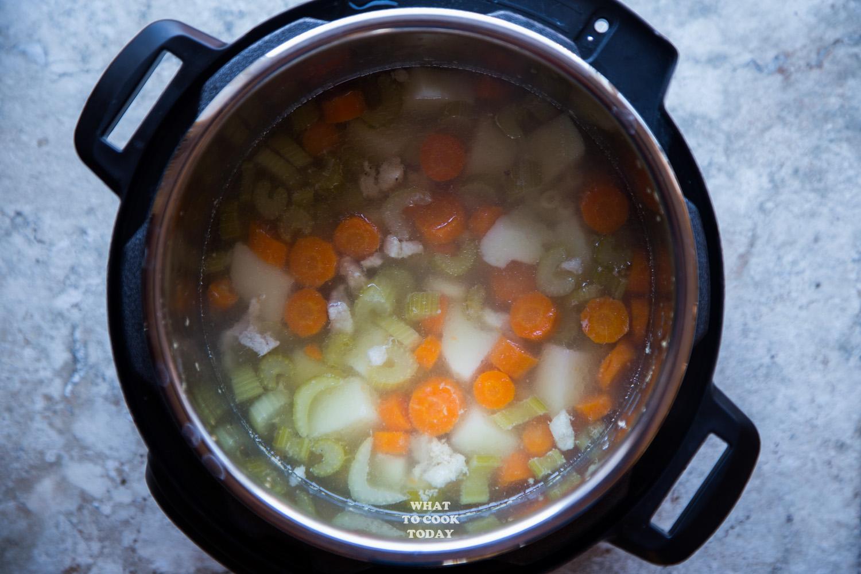 Instant Pot Asian Chicken Macaroni Soup #instantpot #soup #macaroni #chickensoup #onepot #easyrecipe
