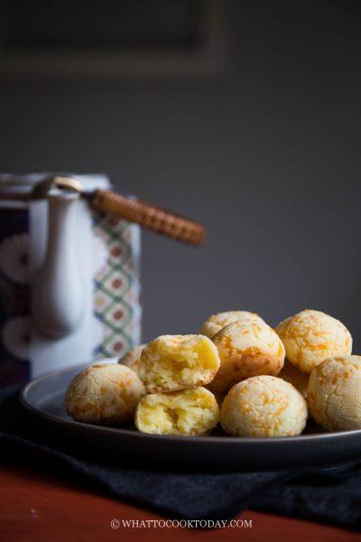 Super Easy Mini Cheddar Mochi Bread
