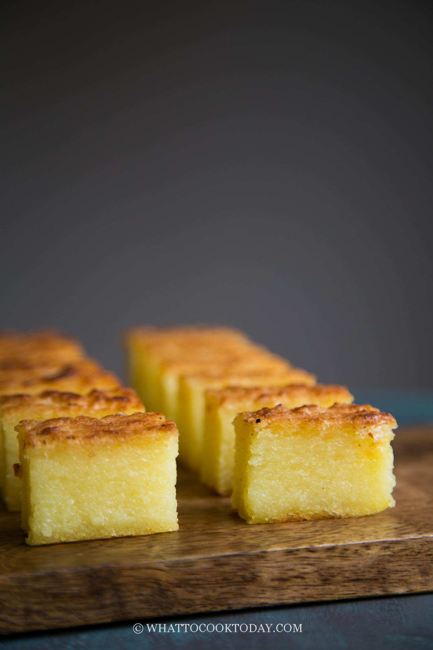 Bingka Ubi Kayu (Baked Cassava Cake)- A traditional Indonesian cake made with grated cassava and coconut milk mixture are baked to give you a cake that is naturally gluten-free, not too sweet, soft and springy at the same time.