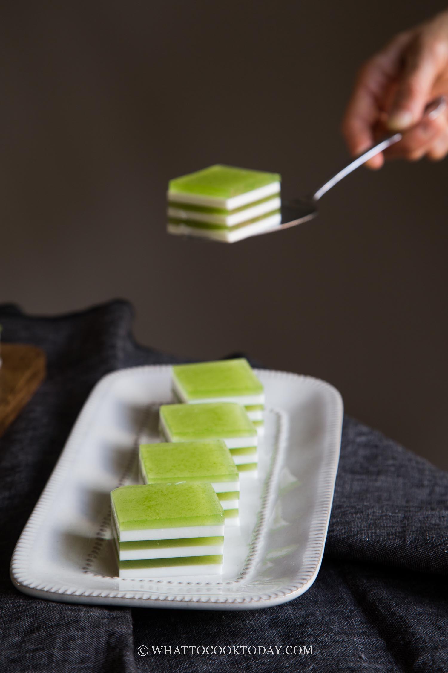 Coconut Pandan Agar Agar Layered Jelly Cake (Agar Agar Santan Lapis)