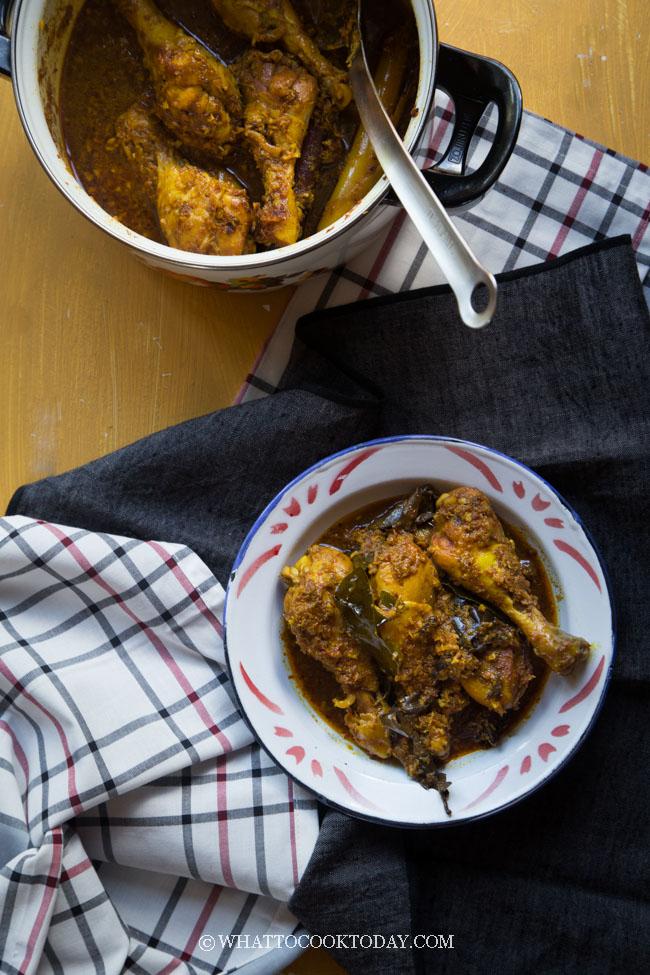 Ayam Kalio (Indonesian Wet Chicken Rendang)