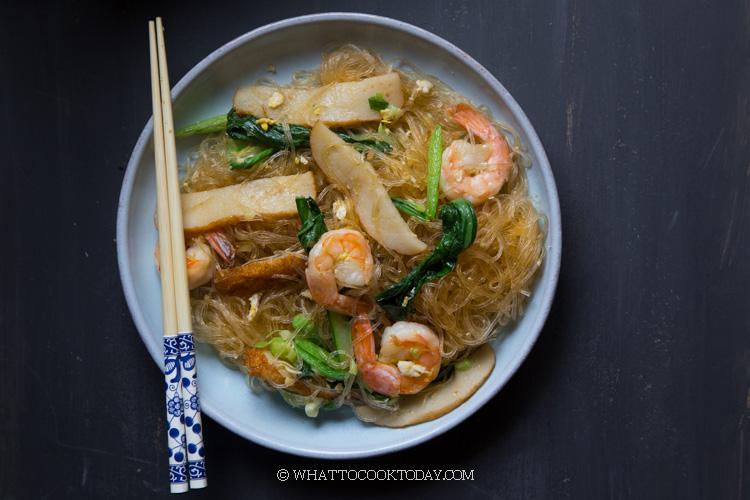 Soun Goreng (Fried Tang Hoon/Bean Thread Noodles Stir-fry)