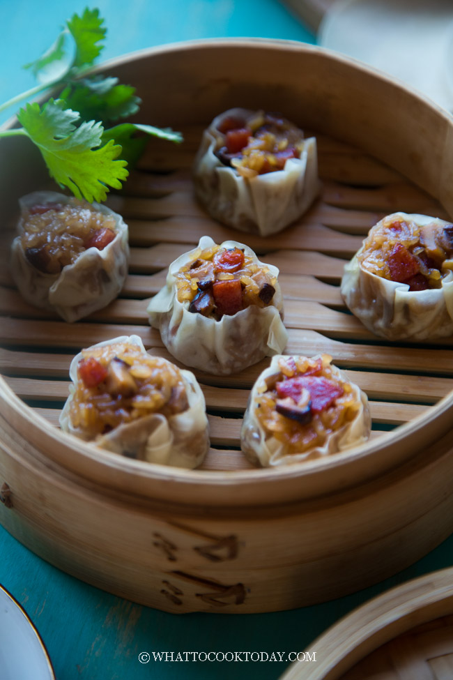 Shanghai Siu Mai (上海烧卖). Seasoned sticky rice filling is wrapped in a delicate wrapper to make a Shanghai version of siu mai. Simply put, it's an irresistible combination #stickyrice #siumai #shanghaisiumai #dimsum #instantpot #pressurecooker