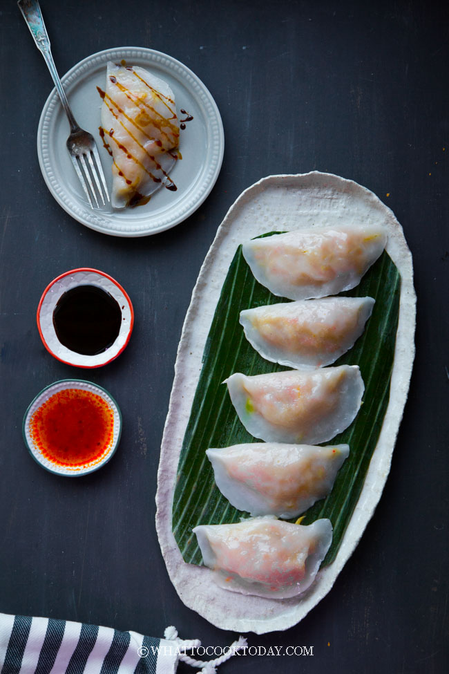 Teochew Soon Kueh (Jicama Bamboo Shoots Dumplings)