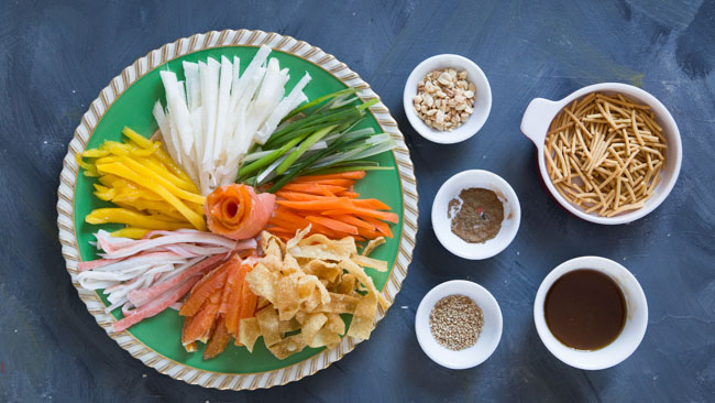 Easy no-cook yu sheng / yee sang for Chiense New Year