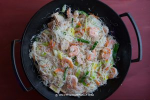 Stir-fried Seafood White Bee Hoon (炒白米粉)