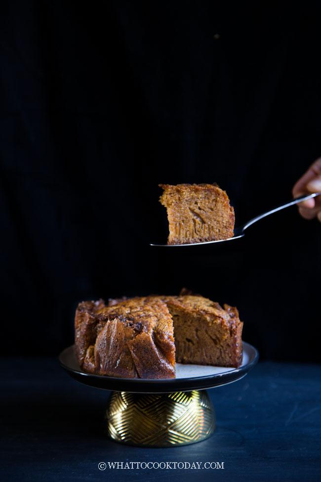 Kek Sarang Semut - Kek Gula Hangus (Ants' Nest Cake)