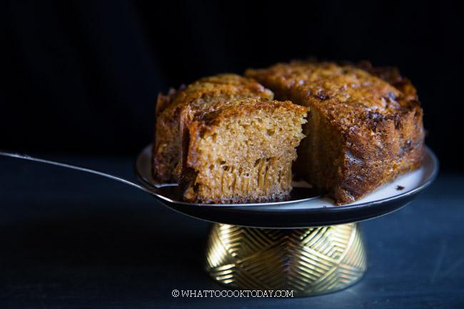 Kue Sarang Semut - Bolu Caramel (Ants Nest Cake)