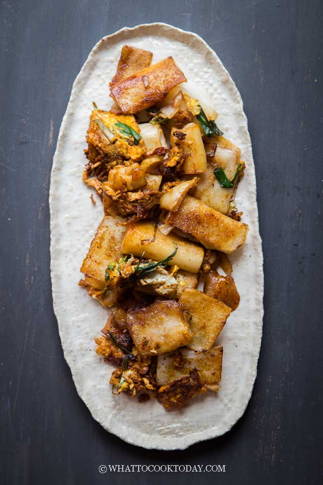 Pan-Fried Cheung Fun Rice Noodle Rolls with Eggs