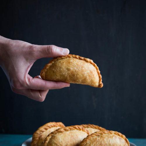 Pastel Ayam / Indonesian Empanadas (Baked or Fried)