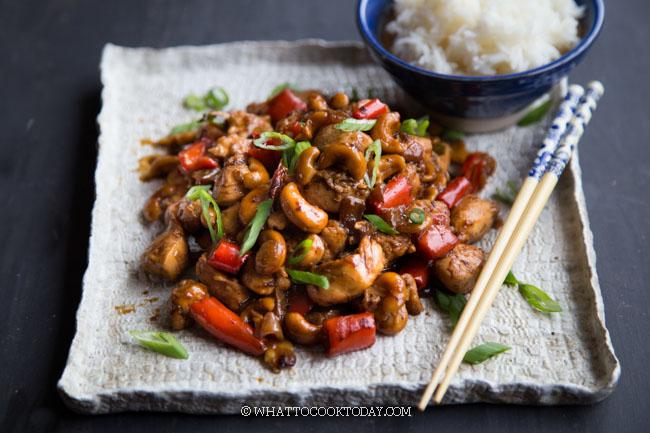 Tumis Ayam Kacang Mede (Cashew Chicken Stir-Fry)