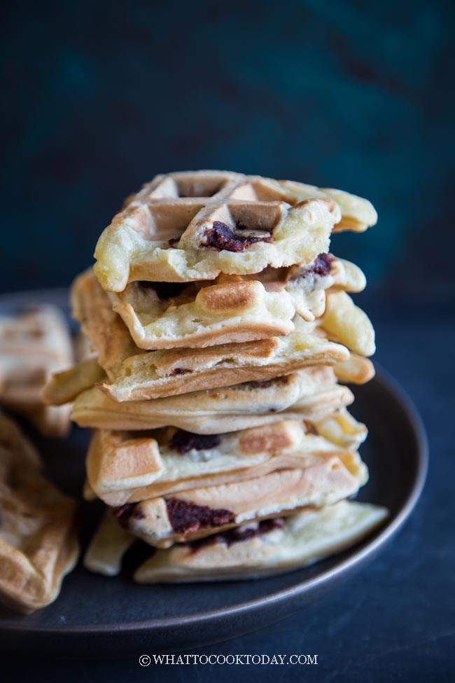 Easy Sweet Red Bean Mochi Waffles (DF)