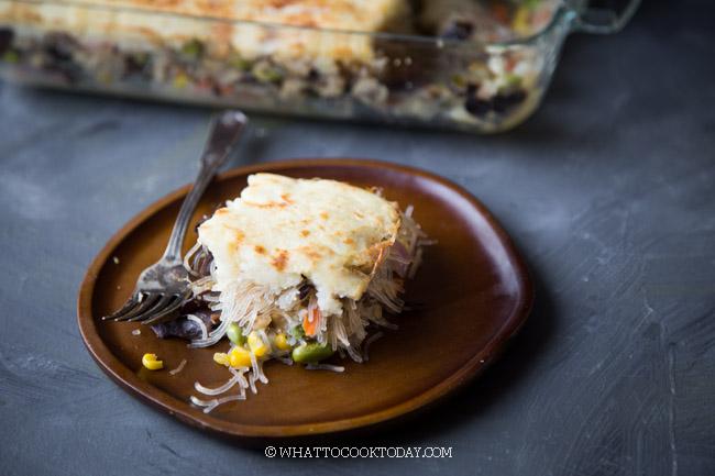 Pastel Tutup (Indonesian Shepherd's Pie)