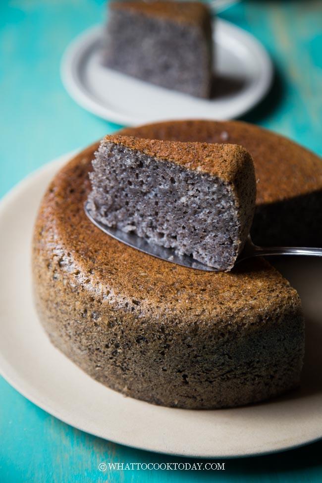 Easy Rice Cooker Eggless Black Sesame Sponge Cake