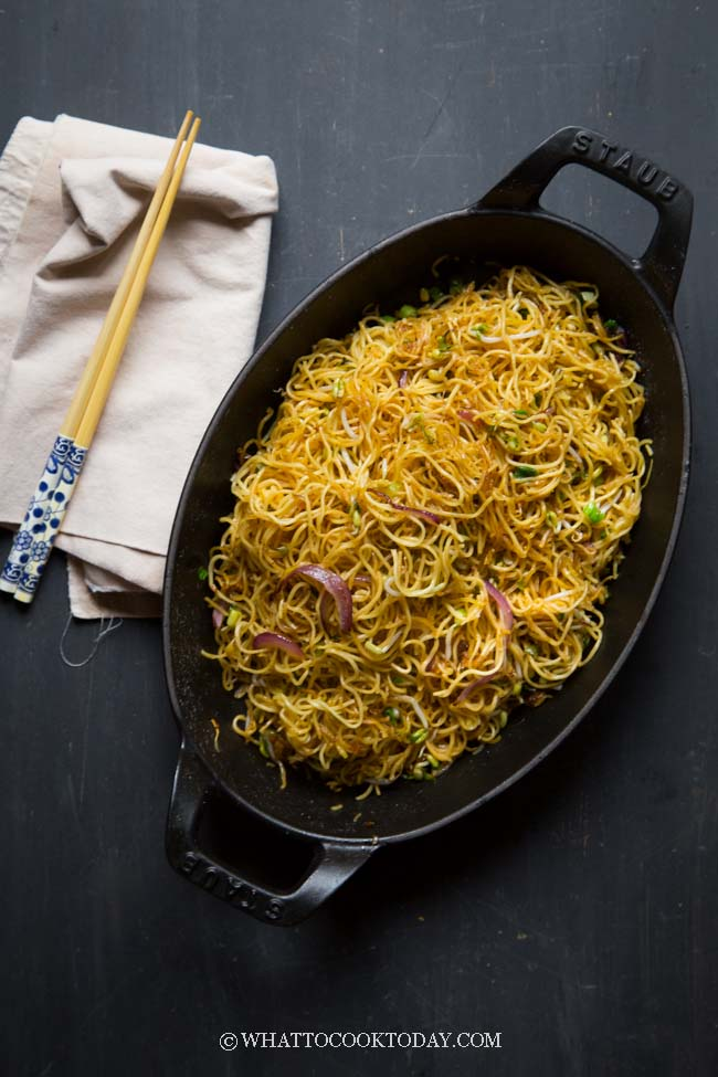 Cantonese Supreme Soy Sauce Pan-Fried Noodles