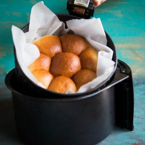 Air Fryer Ultra-Soft Eggless Pull-Apart Milk Buns/Rolls