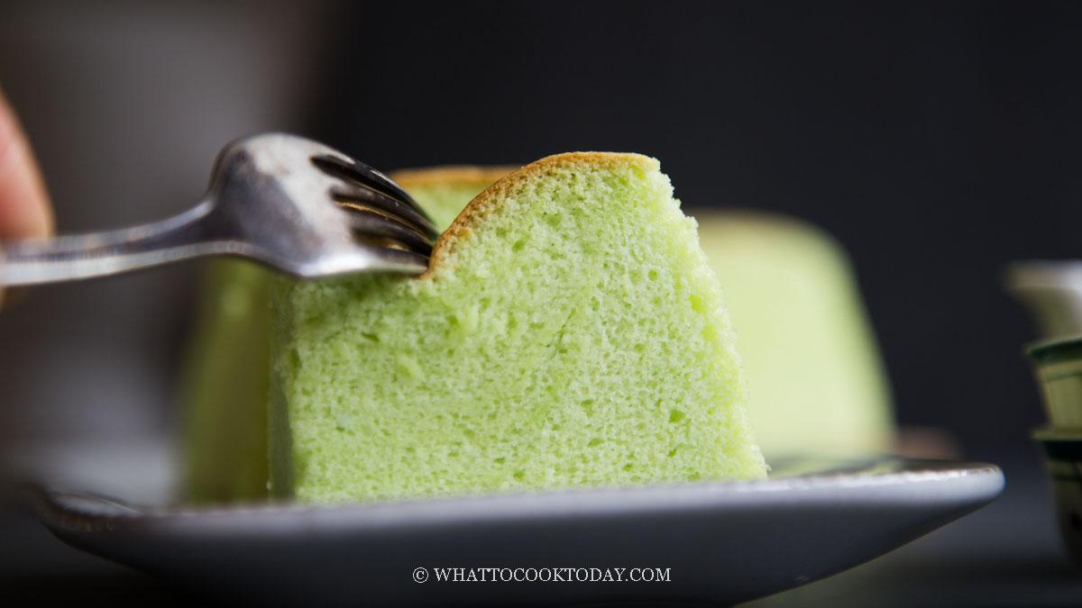 Taiwanese Pandan Castella Cotton Cake