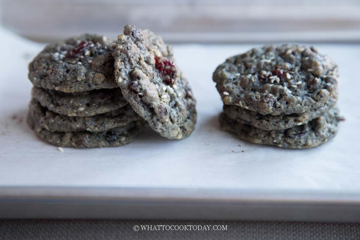 Flourless Black Sesame Peanut Butter Cookies