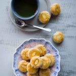 Easy Chinese Almond Cookies (for Chinese New Year)