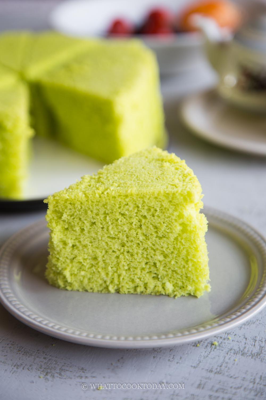 Steamed Pandan Sponge Cake (Whole-egg method, 4-ingredients only)