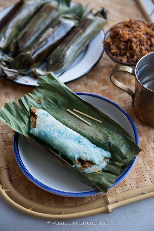 Pulut Panggang / Rempah Udang (Grilled Glutinous Rice Rolls)