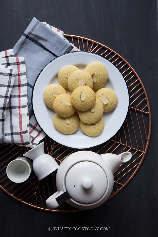 Easy Eggless Sugee Biscuits / Semolina Biscuits (Biskut Suji)