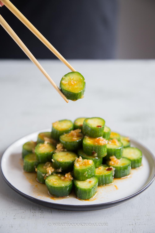 Din Tai Fung Easy Cucumber Salad