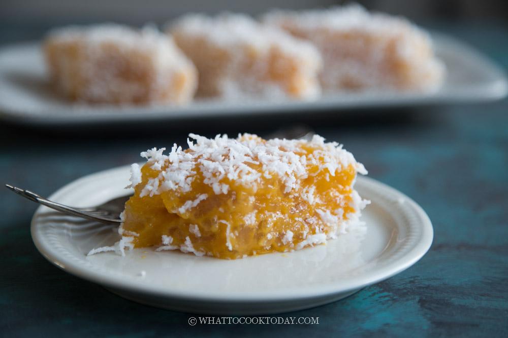 Steamed Sweet Potato Sago Kuih (Kuih Sago)
