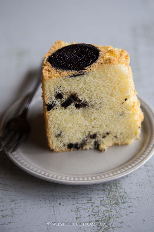 Soft Fluffy Oreo Chiffon Cake